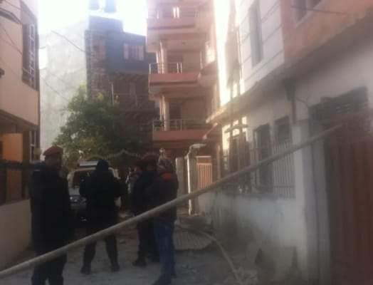 गोकुल बास्कोटाको घरमा बम विस्फोट